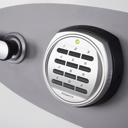2501e-electronic-lock-close-up